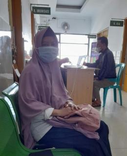Saya turut mengantri pendataan perolehan vaksin | Dok.Pri. Eti S.