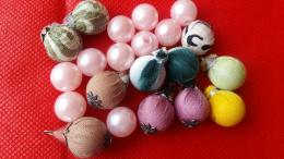 Perpaduan kain perca batik dan acrylic (DokPri)