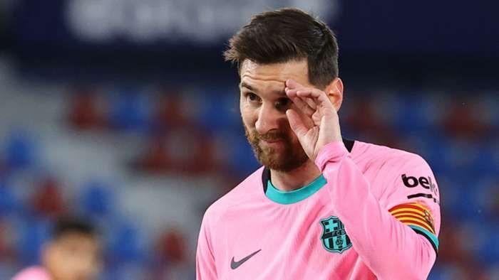 Lionel Messi dikabarkan pergi dari Barcelona. Sumber foto: Getty Images via Goal.com