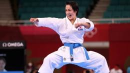 Shimizu Kiyou Hanya Mampu Meraih Medali Perak di Nomor Kata Perorangan Putri - Sumber : japantimes.co.jp
