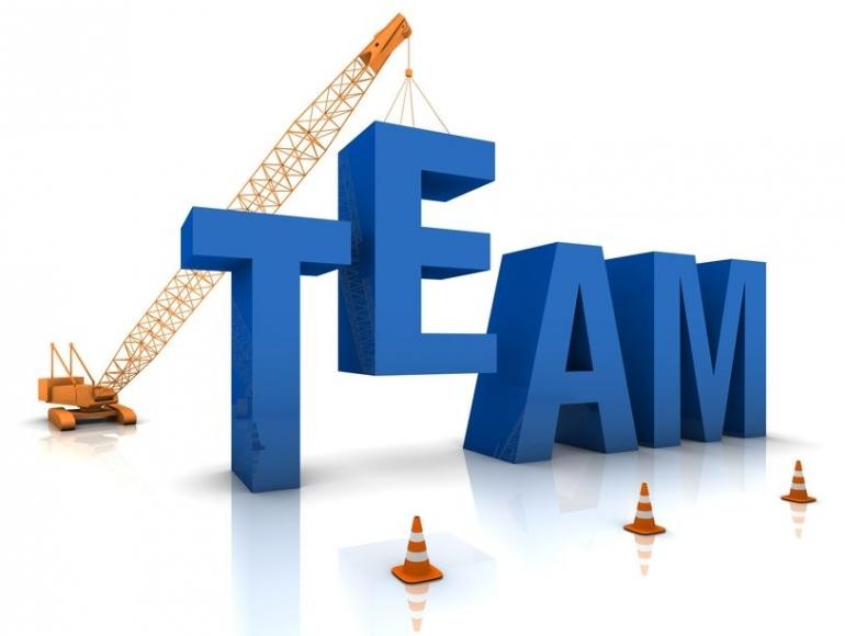 Building a Team   metheobserver.com