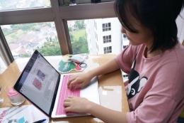 Jaeyi Kim, siswi kelas 7 Sinarmas World Academy (SWA) berbagi pendapat tentang belajar di rumah guna meredam perluasan wabah corona (Dok.Pribadi via kompas.com)