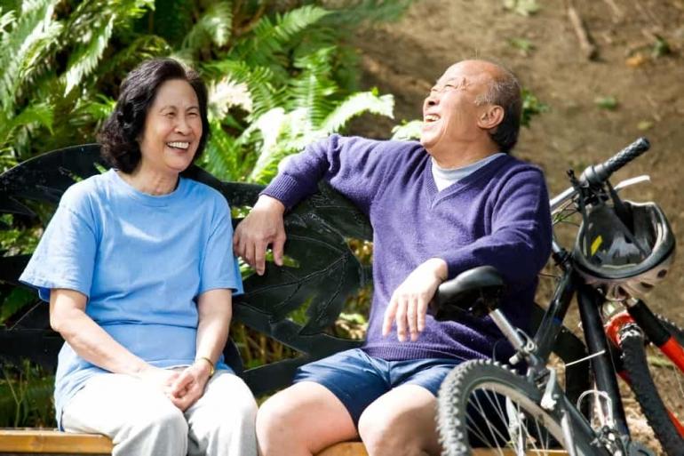 Gambar: Aktivitas ketika pensiun tiba (www.hellosehat.com)