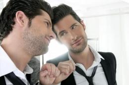 ilustrasi seorang narsistik (lifestyle.kompas.com)
