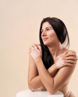 Mencintai diri sendiri akan membantu orang diet dengan lebih sehat (sumber: Woman photo created by freepik)