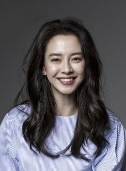 Mbak Song Ji Hyo, Cantik kali, Kan? (Sumber: Asian Wiki)