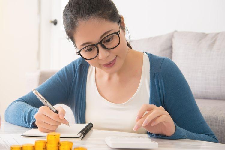 Ilustrasi gaya hidup menentukan seseorang dalam mengatur keungannya. Sumber: Shutterstock via Kompas.com