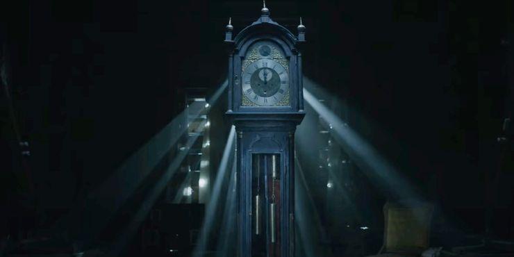 Jam Tua yang muncul dalam teaser & sneak peek ST4 (Sumber: instagram.com/strangerthingstv)