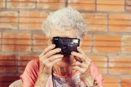 Ilustrasi pensiunan (Foto oleh Tiago Muraro dari Unsplash)