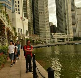Suatu di Singapura mengikuti Conference Internasional 2016 (Foto Ahyarros)