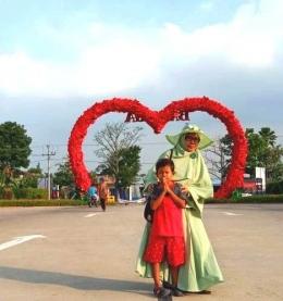 Latar belakang simbol cinta, pintu masuk Baloga. Dokpri