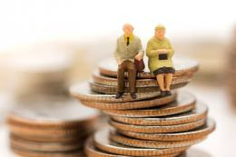 Ilustrasi pensiun. (sumber: SHUTTERSTOCK/polymanu via kompas.com)