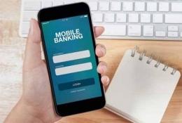 Ilustrasi mobile banking | sumber: finansialku.com