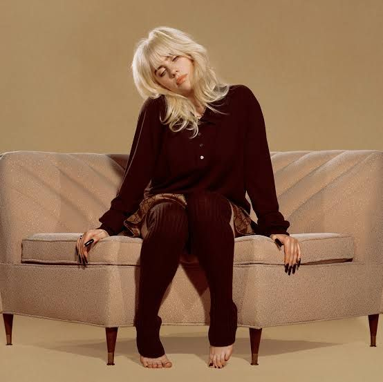 Billie Eilish dengan album barunya | sumber: TheNewYorkTimes.com