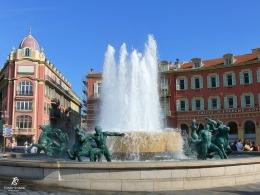 Fontaine du Soleil (Fountain of the Sun)- Place Massena. Sumber: dokumentasi pribadi