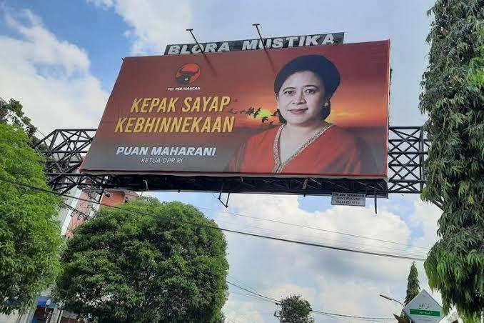 Baliho milik politisi Puan Maharani (Sumber: kompas.com)