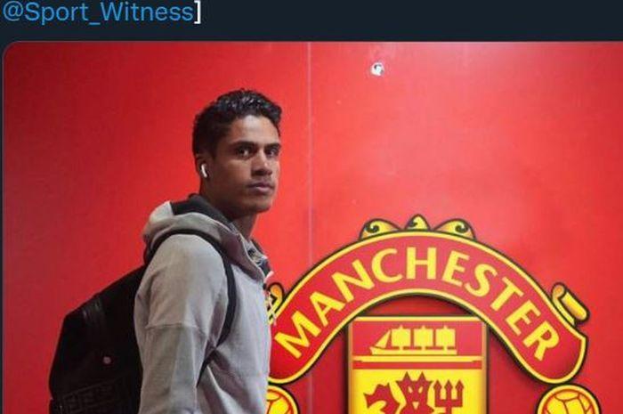 Fan Manchester United masih menunggu Raphael Varane diumumkan ke publik/Foto: Twitter.com/Sport_Witness/Bolasport.com