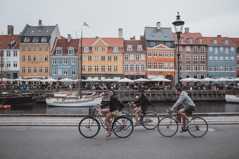 Ilustrasi gambar aktivitas bersepeda di Denmark (Unsplash/ Febiyan)