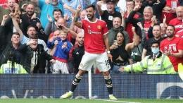 Bruno Fernandez melakukan selebrasi setelah mencetak gol. Gambar via ESPN