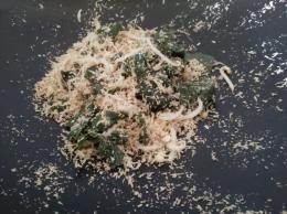 Sayuran dan parutan kelapa yang dicampur (Dokpri)