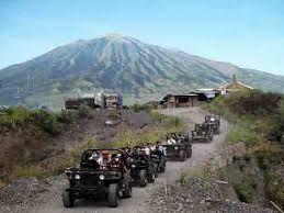 Lava Tour Merapi Menggunakan Jeep sumber : jogjakita.co.id