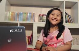Bahagia saat belajar, salah satu kunci keberhasilan untuk meningkatkan potensi anak | Ilustrasi: bimbeltridaya.com