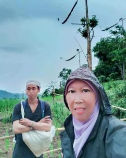 Saya dan seorang sahabat dari suku Baduy dalam.(dok.pri)
