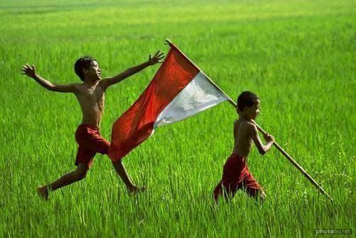 Anak-anak merayakan kemerdekaan. Gambar: diy.kpu.go.id