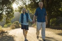 Ilustrasi menjalani masa pensiun dengan bahagia  Sumber: Siri Staffiord via Kompas.com