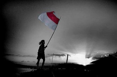 ilustrasi benarkah indonesia sudah merdeka | sumber gambar : nalarpolitik.com