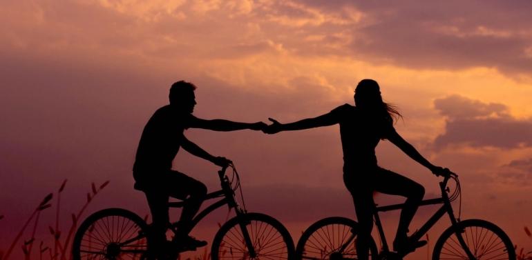 Ilustrasi komitmen dalam hubungan (golife.id)