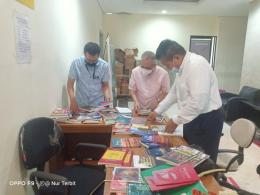 Dokumen YPTD : Prosesi Serah Simpan Buku Terbitan YPTD di Perpustakaan Nasional