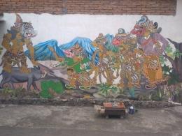 Mural Iswanto Yulius dan Warga Karangwatu Muntilan (sumber gambar: Iswanto Yulius)