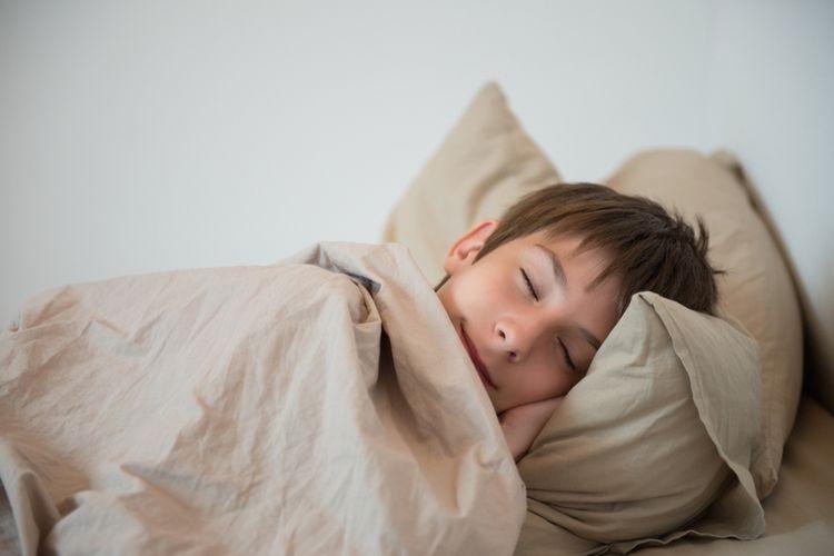 ilustrasi tidur siang. (sumber: via kompas.com)