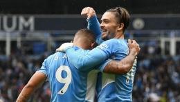 Pemain Manchester City merayakan gol ke gawang Norwich City. (via nbcsports.com)