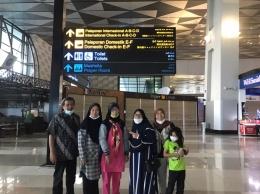 Saat kami berada di bandara Soekarno Hatta (dokpri)
