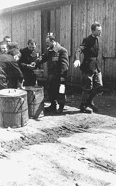 Kondisi Camp Konsentrasi Krakow-Plaszow - Sumber: encyclopedua.ushmm.org