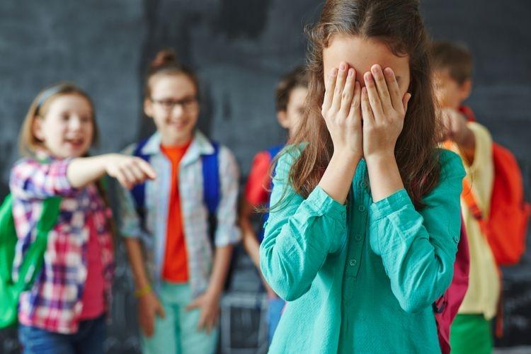 Ilustrasi ketika dalam konflik bullying oleh teman. (sumber: shironosov via kompas.com)