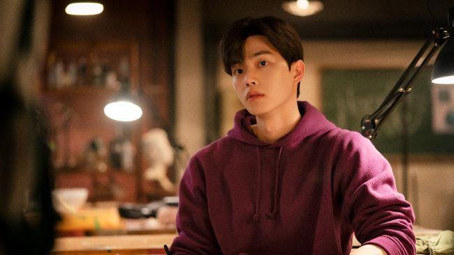 Song Kang sebagai Park Jae Eon di Nevertheless |tatlerasia.com