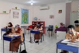 Suasana Pembelajaran Tatap Muka Terbatas SMA Islam Nabilah, Batam. Foto: Dokumentasi Pribadii