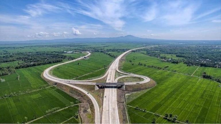 Tol Semarang-Demak | Sumber: www.aa.com.tr/id/nasional