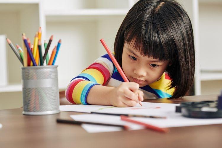 Ilustrasi mengajarkan anak calistung | Sumber: Shutterstock via www.kompas.com