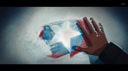 Fury saat menemukan Cap's shield. Sumber : Disney+