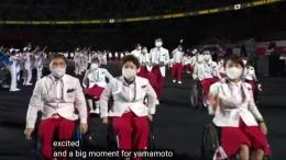 """www.youtube.com                                                Kontingen Jepang, yang terbanyak dan yang terakhir, sebelum pertunjukan """"We Have Wings"""""""