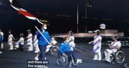 www.youtube.com  Petugas tuan rumah pun, banyak yang memakai kursi roda. Lihat foto diatas, dengan baju putih ungu bergaris2 .....