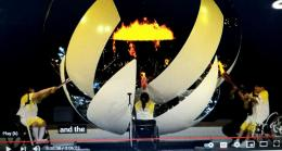 www.youtube.com                                3 profesional medis, menyalakan obor, tanpa Upacara Pembukaan Paralimppiade Tokyo 2020, telah selesai ......