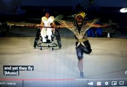 www.youtube.com  Cerita tentang sayap dari masing2 kita, membawa kita terbang mengikuti angin, terbang dan meraih mimpi2 kita semua, termasuk disabilitas ......