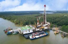 Swamp Barge yang dipakai PT. Pertamina Hulu Mahakam di Kutai Kartanegara. Sumber: kaltimtoday.co