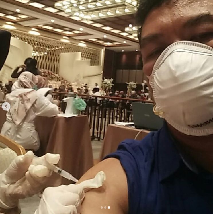 Booster vaksin ketiga tenaga kesehatan (dok.pri.)