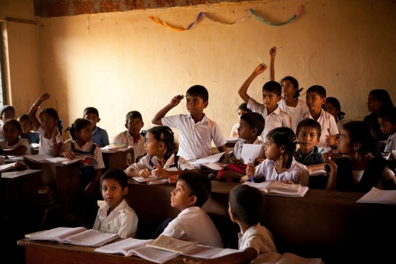 Mengajar di Kelas. Sumber: Pixabay